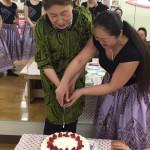 ケーキ入刀1